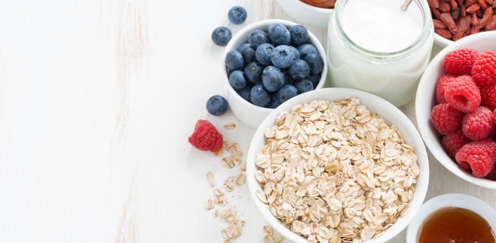 10 alimenti funzionali che fanno bene alla salute diredonna - Alimenti che fanno andare in bagno ...