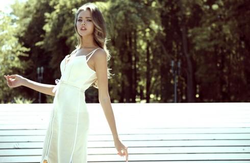 Vestirsi di bianco: consigli e errori da evitare