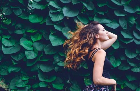 5 trucchi per avere capelli ricci naturali