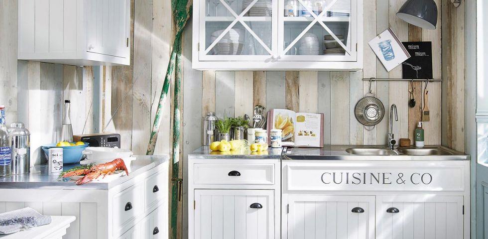 Cucina bianca abbinamenti e consigli diredonna - Cucina bordeaux e bianca ...