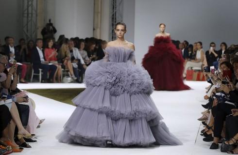 Giambattista Valli: collezione Haute Couture Autunno/Inverno 2016-2017