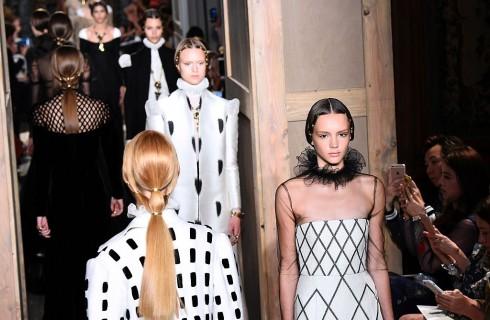 Valentino Haute Couture: ispirazione shakespeariana per la collezione Autunno/Inverno 2016- 2017