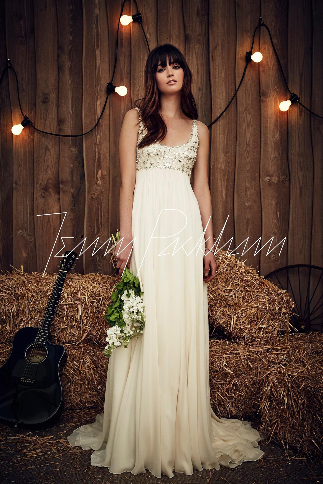 Vestiti da sposa stile impero, le proposte per il 2017