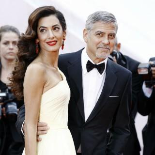 George Clooney e Amal in Italia con i gemelli: le prime foto