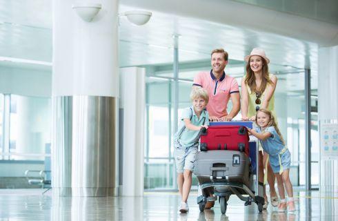 Viaggiare con i bambini all'estero: quali documenti portare