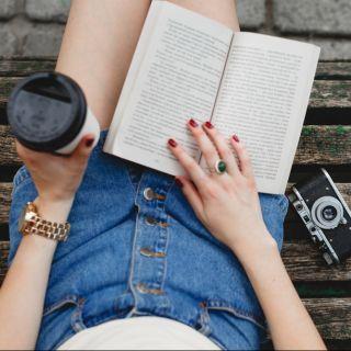 Libri per ragazze: le storie da leggere in vacanza