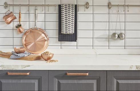 Come valorizzare la cucina grigia