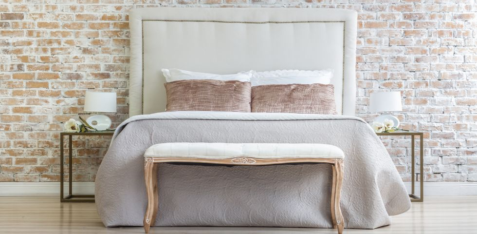 Idee per le pareti della camera da letto diredonna for Idee per pareti camera da letto