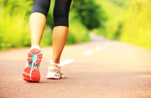 Camminare 30 minuti al giorno: 7 benefici