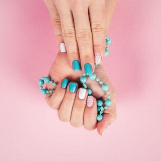 Decorazioni per le unghie facili: 5 idee