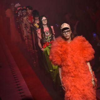 Gucci apre Milano Moda Donna con la collezione PE 2017