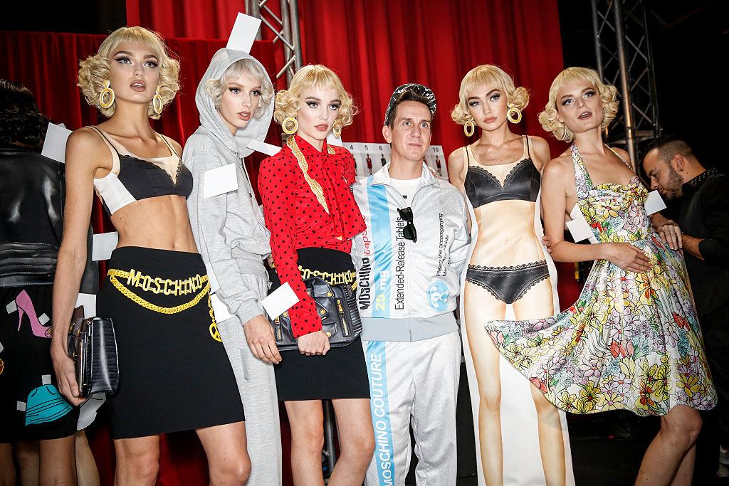 Moschino, gli abiti della collezione Primavera Estate 2017