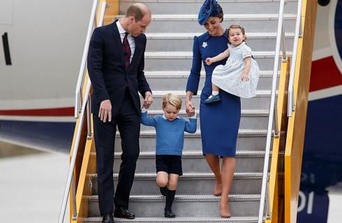 Kate Middleton in Canada: al via il primo tour con la famiglia al completo