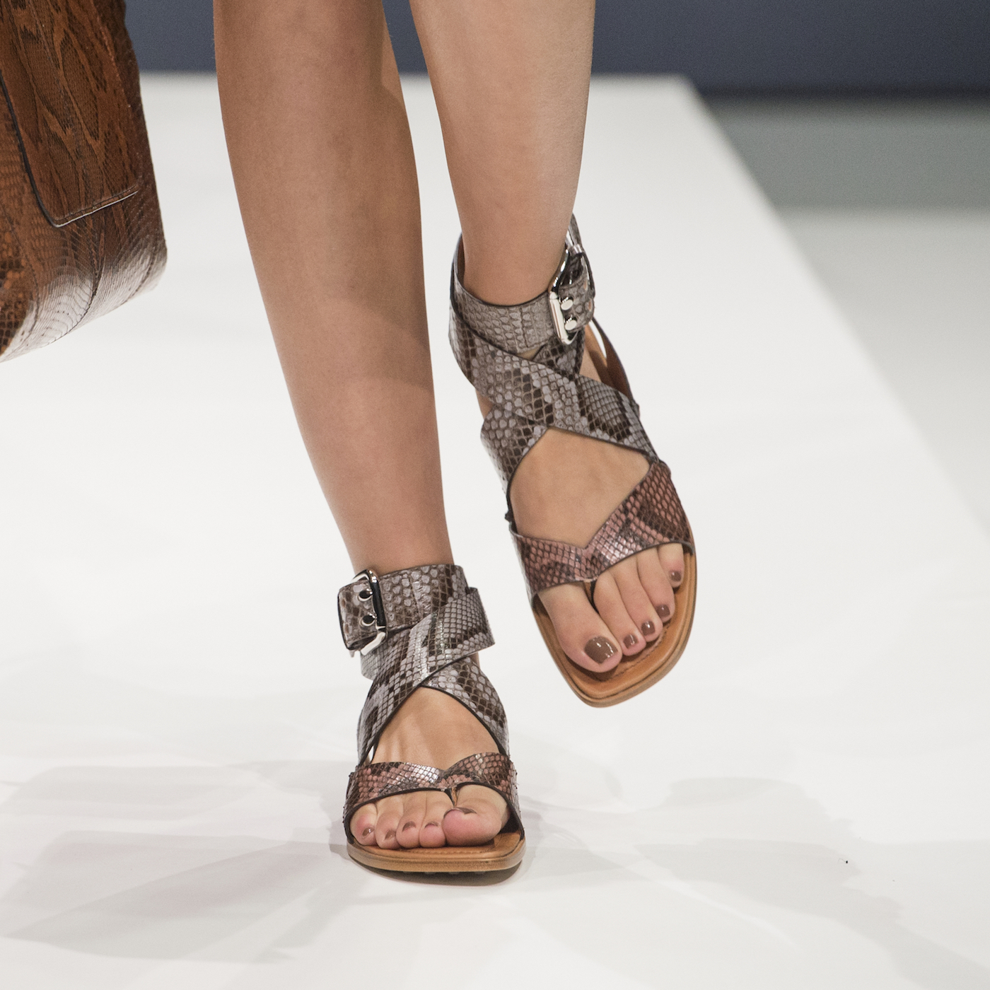 Milano moda donna le 10 scarpe di tendenza per l 39 estate for Immagini di tendenza