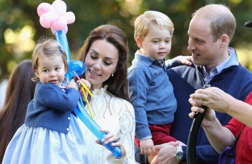 Kate Middleton: la Principessa Charlotte muove i primi passi in pubblico
