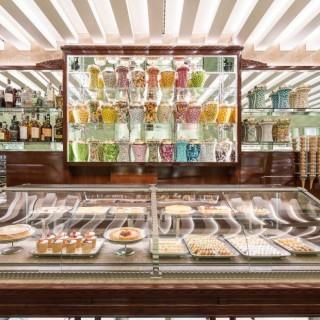 Prada: la Pasticceria Marchesi apre in Galleria a Milano