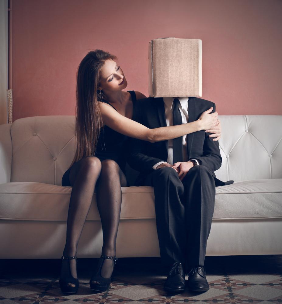 Come capire se piaci a un uomo timido diredonna - Come dominare un uomo a letto ...