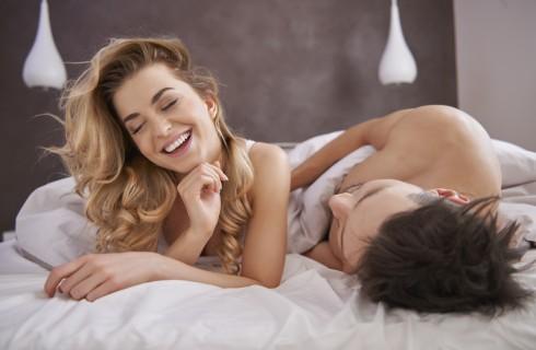 Cosa piace agli uomini a letto: i segreti per farlo impazzire