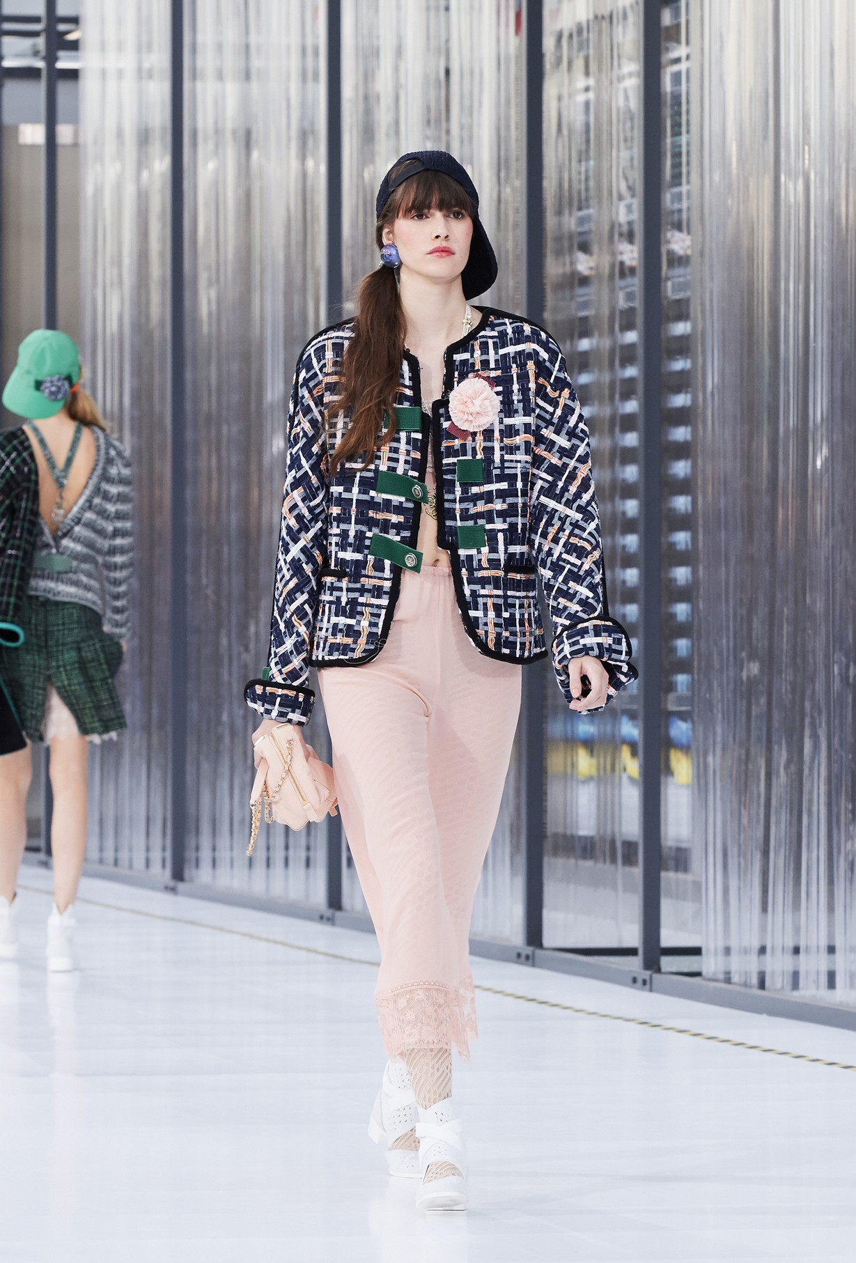 Chanel Primavera Estate 2017, le immagini