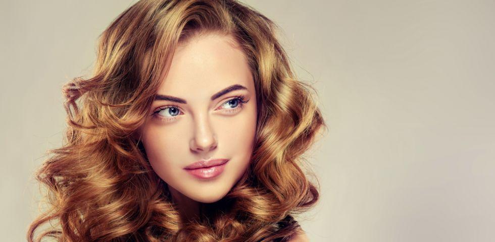 Come fare i capelli mossi dalla radice