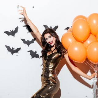 Trucco per Halloween vampira: cosa serve e come si fa