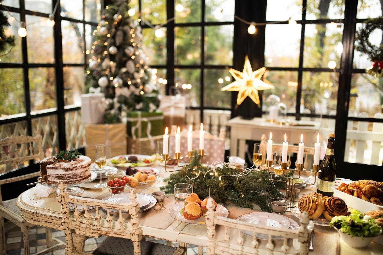 Tavola di Natale Decorazioni natalizie per la tavola di Natale
