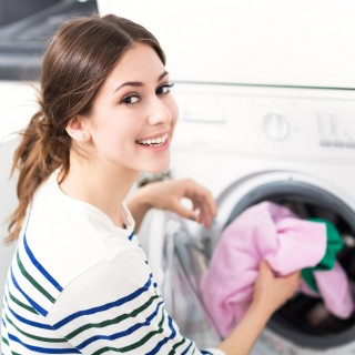 Lavare in lavatrice: 7 regole del bucato perfetto