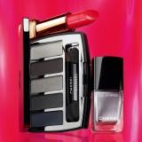 Chanel, Le Vernis (25 euro), Palette Architectonic (57 euro), Rouge Allure (33 euro)
