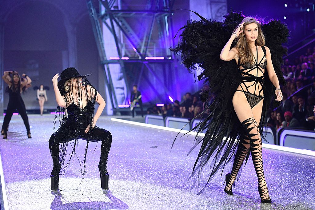 Victoria's Secret Fashion Show:  Irina Shayk è incinta?