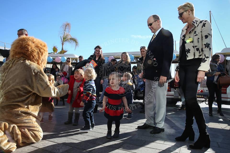 I figli di Charlene e Alberto di Monaco festeggiano due anni, foto