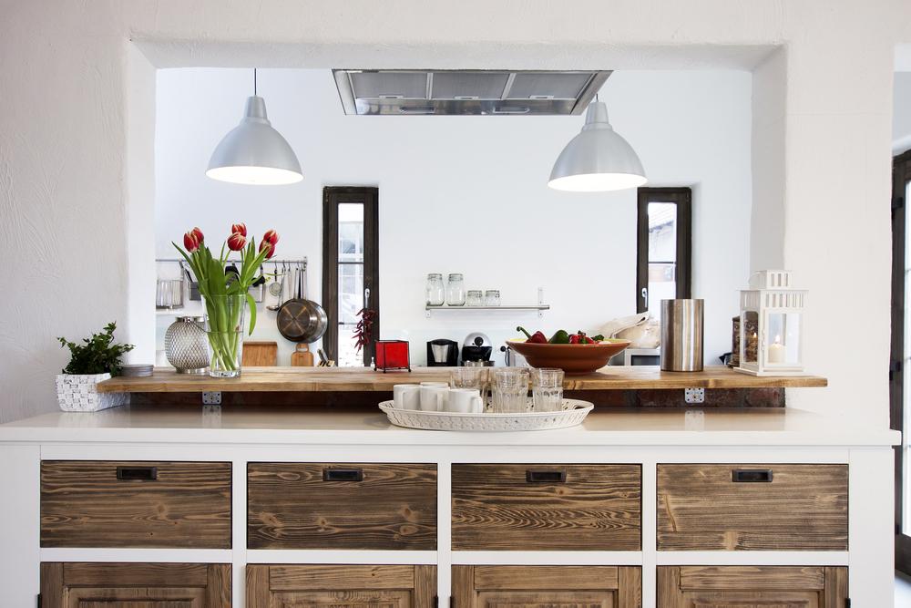 Come arredare casa rustica diredonna for Quanto costruire una casa in stile artigiano