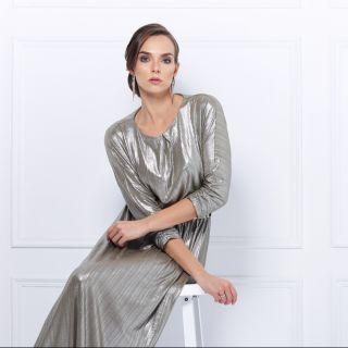 Vestito lungo: come sceglierlo, abbinarlo e portarlo