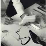 Michael Roberts, Manolo Blahnik al lavoro, 2002