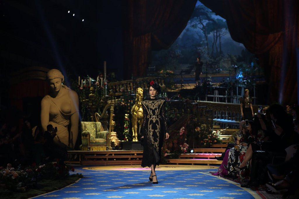 Dolce & Gabbana Primavera Estate 2017 Haute Couture, foto