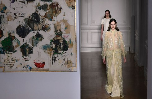 Valentino Primavera Estate 2017: prima collezione Haute Couture per Pierpaolo Piccioli