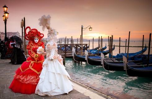 Carnevale di Venezia: vestiti e maschere tipiche