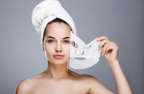 10 rimedi naturali per la pelle grassa