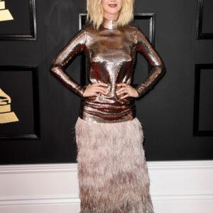 Katy Perry come Miley Cyrus: il suo nuovo taglio di capelli