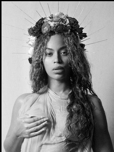 Beyoncé, foto con il pancione