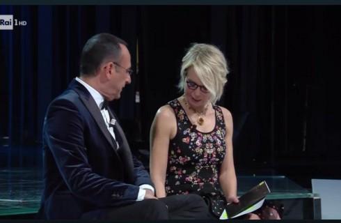 Sanremo 2017 quinta serata finale: programma, scaletta con ordine di uscita, classifica, ospiti e premio a Rita Pavone