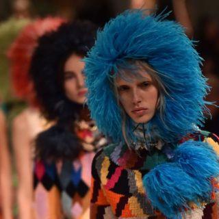 La femminilità rivoluzionaria di Miuccia Prada