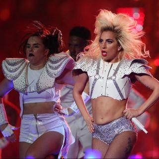 Lo spettacolare halftime show di Lady Gaga al Super Bowl