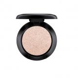 Mac Cosmetics (24 euro)