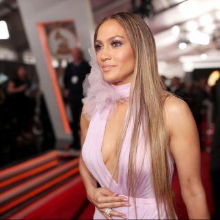 Jennifer Lopez: triangolo amoroso con Drake e Rihanna?