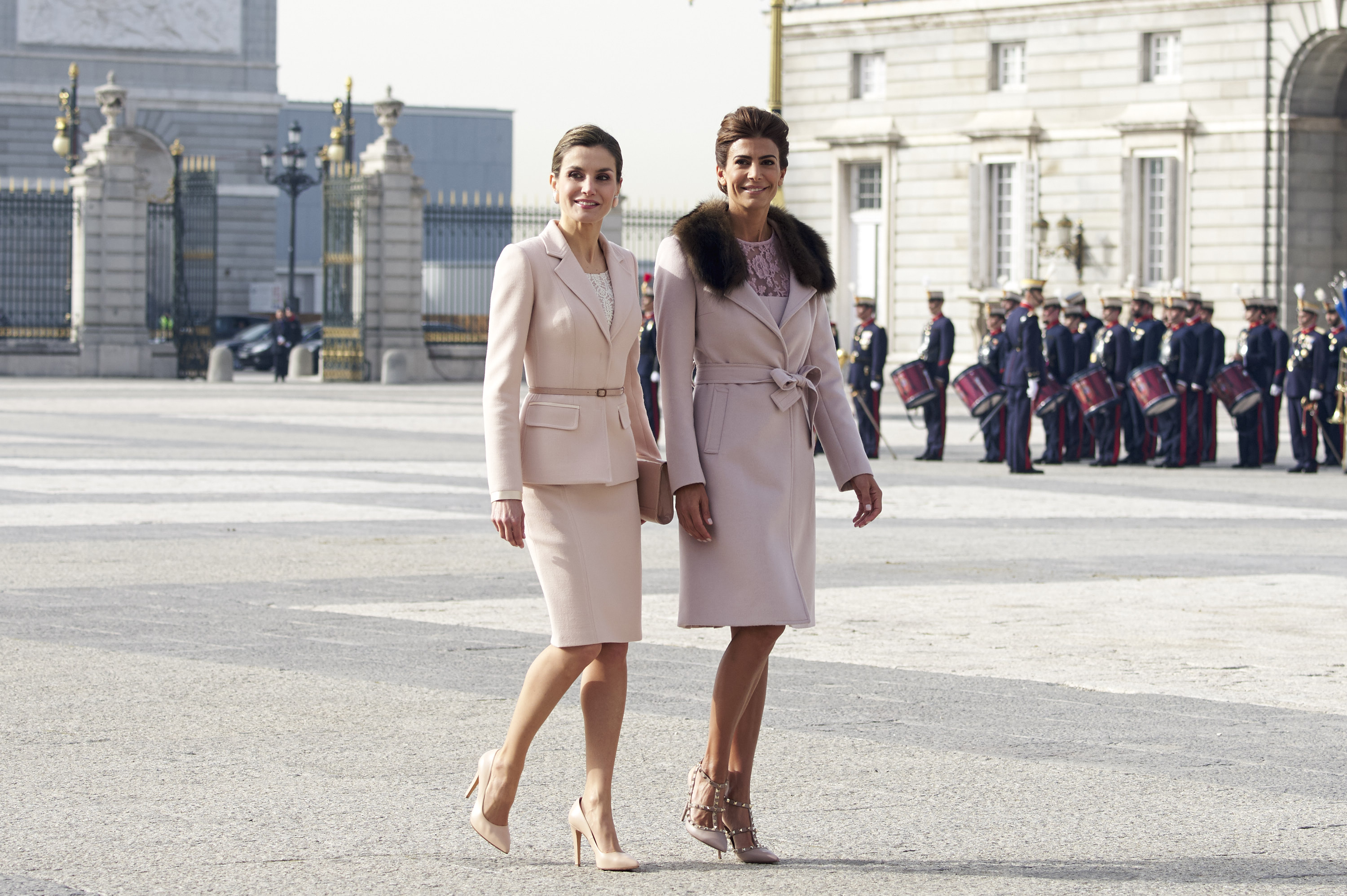 Letizia Ortiz e Juliana Awanda: regina e first lady di stile
