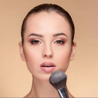 Come si usa il blush in crema: i consigli