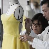 Il savoir faire alla base dell'abito Dior indossato da Emma Watson  (©Sophie-Carre)