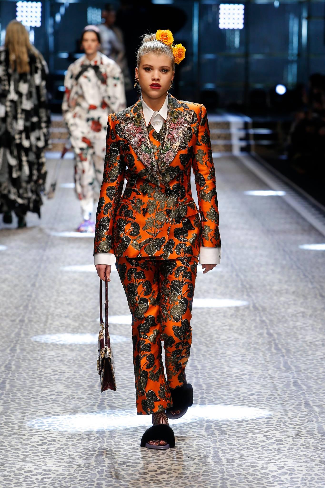 Moda Autunno Inverno 2017-2018, colori di tendenza da Milano Moda Donna, foto