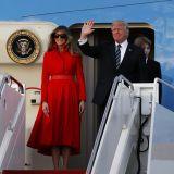 Melania Trump a Taormina con un cappotto Dolce   Gabbana da 46.000 ... be3201bab47