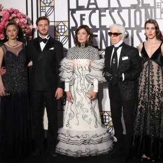 Beatrice Borromeo e Casiraghi innamorati al Ballo della Rosa